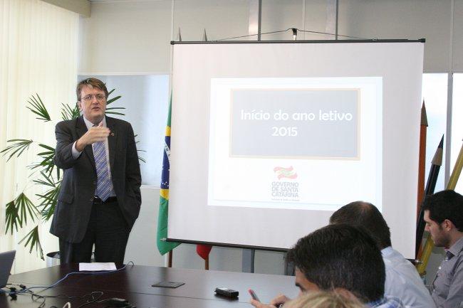 Lançamento Estudante  online _ foto.0.Nocetti